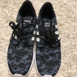 Adidas memory foam tennis shoes
